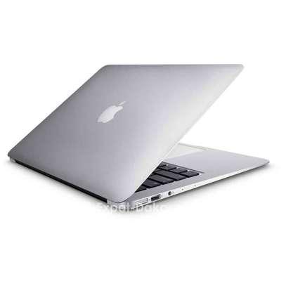 Apple  Macbook Air  1.8 image 2
