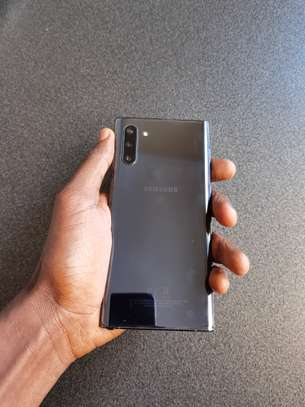 Samsung Galaxy Note 10 image 3