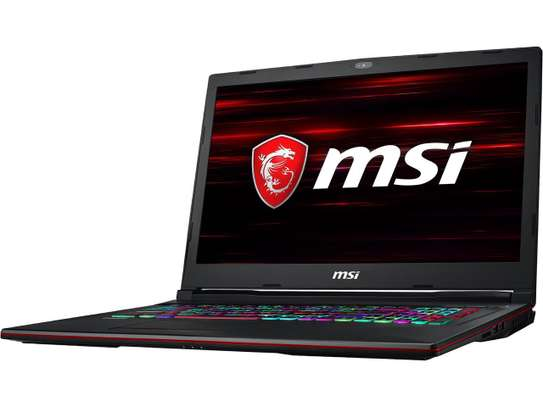 Puissante Laptop Gaming MSI cire i7 avec RTX image 13
