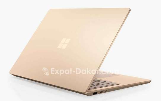 Surface laptop 3 10th gen image 4