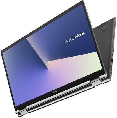 Asus Zenbook Flip Q547 core i7-10510u 10 génération ram 16 go disc 512 ssd carte graphique nvidia gtx 1050 max-Q désigne 4 go dédié écran 15 pouce tactile rotatif 360 window 10 clavier screen pad image 1