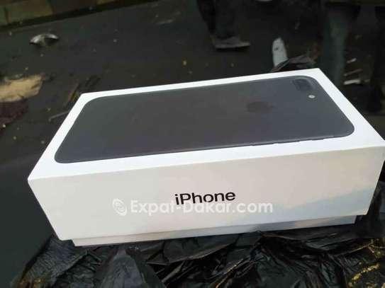 IPhone 7 Plus à Vendre image 2