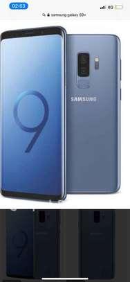 Samsung galaxy S9+plus image 2