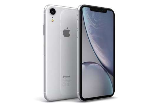 IPhone xr image 3