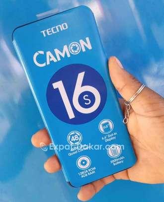 Tecno Camon 16s image 3