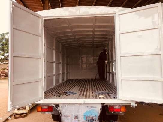 Camion- camionnette. Confection et pose de caisse image 4