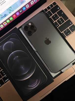 iPhone 12 Pro 128Go Graphite image 1