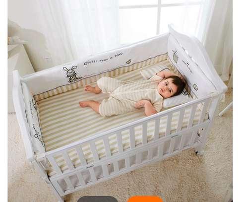 Berceau bébé image 2