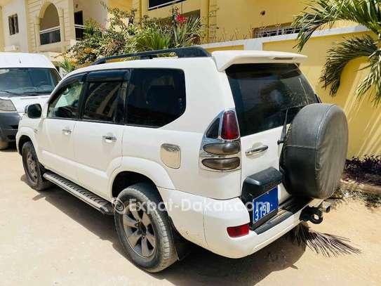 Toyota Prado image 2