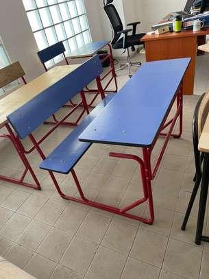 tables bancs image 3