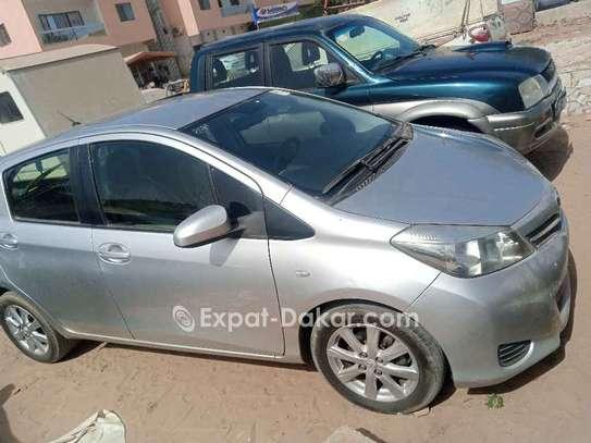 Toyota Yaris 2013 image 4