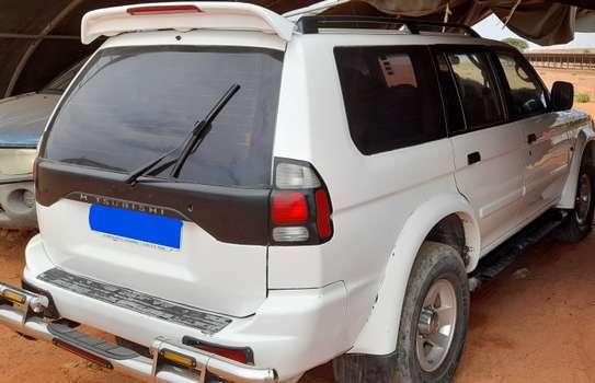 Mitsubishi 2008 image 2