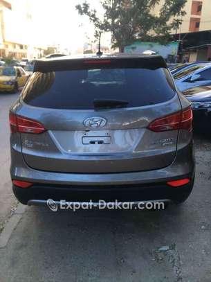 Hyundai Santa Fe 2014 image 2
