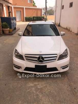 Mercedes  C300 image 5
