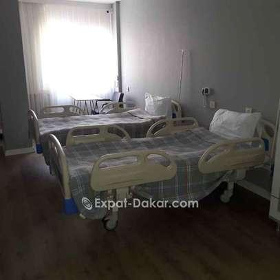 Des lits hôpitaux image 3
