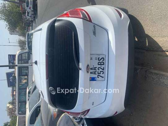 Ford Fiesta 2015 image 5