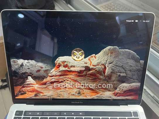 MacBook Pro 2020 image 3
