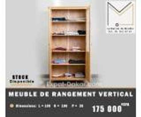 Vaisselier ou meuble de rangement image 2