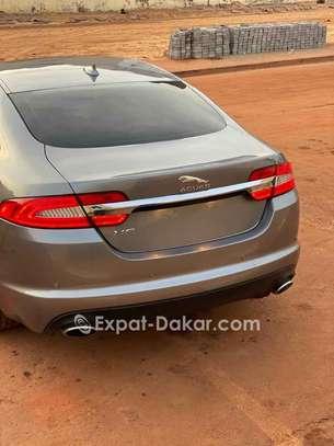Jaguar Xf 2015 image 6