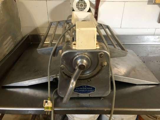 Faconneuse boulangerie pétrin spirale image 11