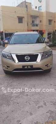 Nissan Pathfinder 2013 image 2