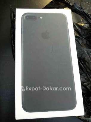 IPhone 7 Plus à Vendre image 4
