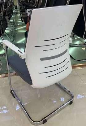 Chaises visiteur image 4