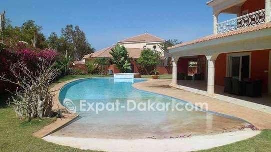 Villa luxueuse à vendre à Saly image 1