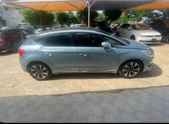 Je vends ma Citroën ds5 image 5