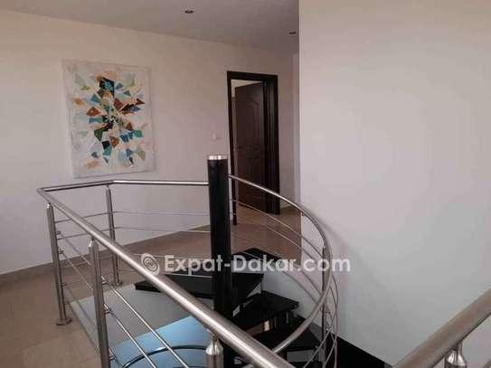 Appartement à louer à Almadies image 3