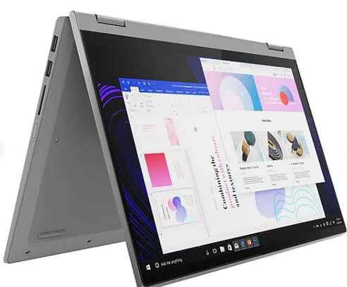 Dell Latitude 5300 2-en-1 image 1