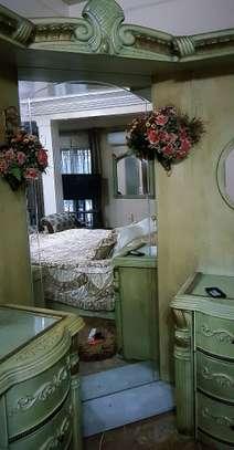 Chambre à coucher complète image 2