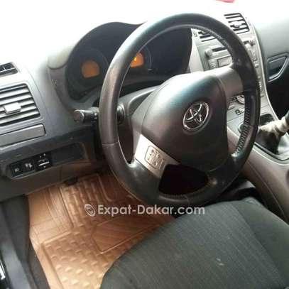 Toyota Auris 2010 image 4
