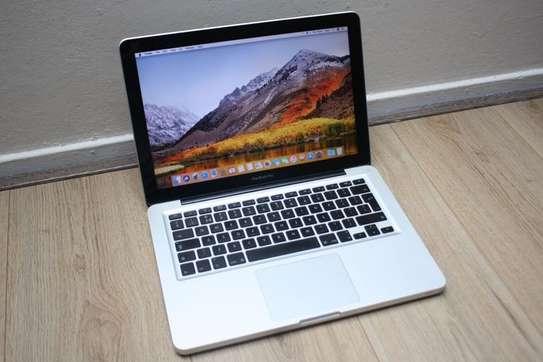 MacBook Pro i5 image 2