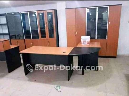 Table bureau 1m40 + chaises image 4