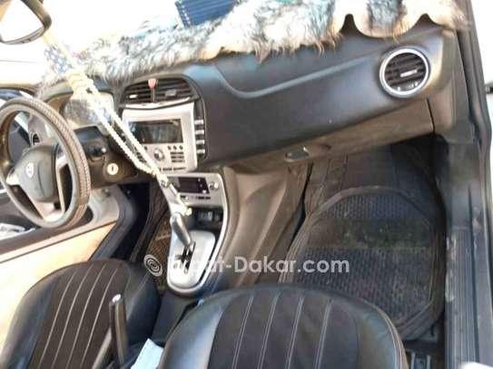 Lancia  2011 image 6