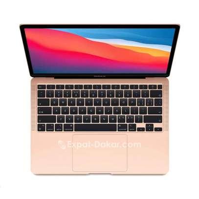 Macbook air 2020 gold image 2