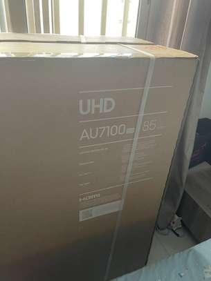 Samsung UHD 4K 85 Pouces crystal image 2