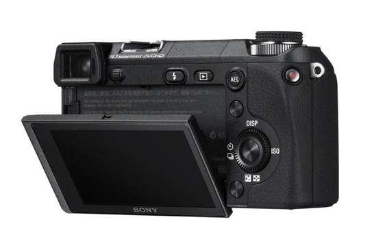 Sony Alpha Nex-6 objectif 55-210mm image 1