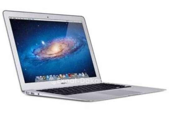 MacBook Air 2015 image 3
