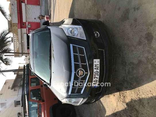 Cadillac  2011 image 1