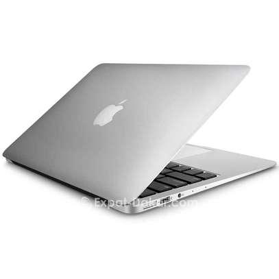MacBook air 2017 image 1