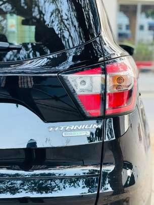 Ford Escape titanium 2017 venant à vendre by king cars image 7