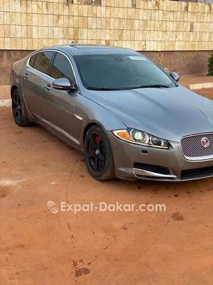 Jaguar Xf 2015 image 2
