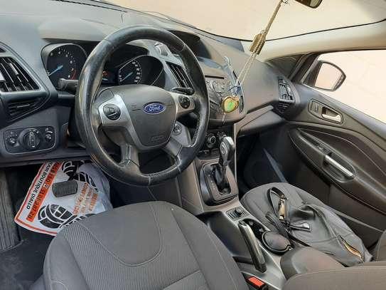 Ford Escape novembre 2016 image 2