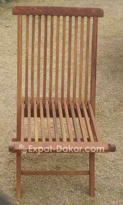 Table et chaises pour l'intérier ou extérieur image 2