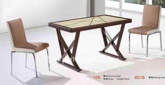 Table à manger avec 6 ou 8 chaises image 3