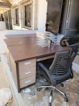 Chaises de bureau image 8