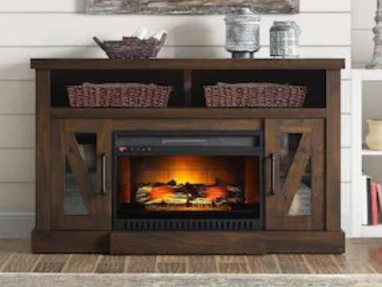 Meuble de télévision avec un chauffage intégré image 3