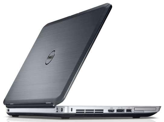 Dell Latitude E5530 image 4